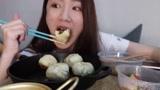 中国吃播虫虫:好评率100%的外卖!煎包,绿豆汤,蛋花香肠!