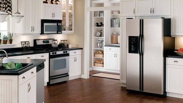 家中冰箱万万不可朝这个方向,不然贵人失,财运走,一生难富!