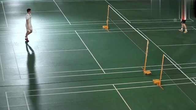 羽毛球教学:慢镜头分解羽毛球杀球动作,傅海峰教你到底怎么重杀