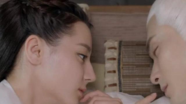 《枕上书》:凤九怎么怀上白滚滚的?知道儿子生辰东华痛悔不已