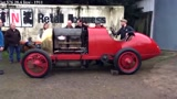 听多了超级跑车的怒吼声,来听听100年前的老爷车的怒吼声吧