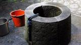 这口水井能把任何物体石化,太神奇了,网友:有大胆想法!