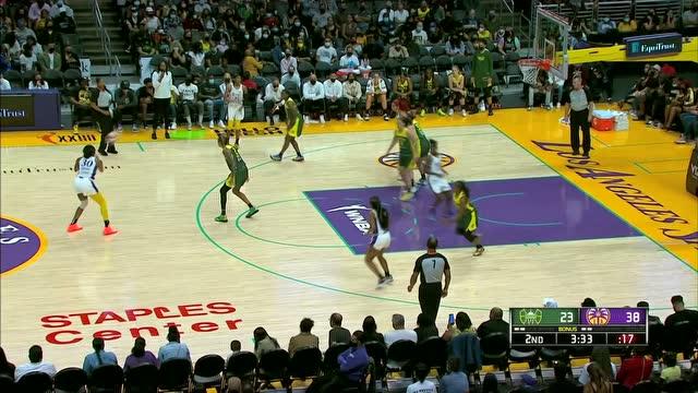 变相突破干拔跳投 普林斯甩开防守为队止血_WNBA