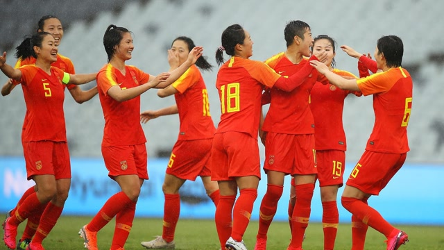 李影唐佳麗雙雙梅開二度 中國女足6-1泰國女足迎奧預賽開門紅