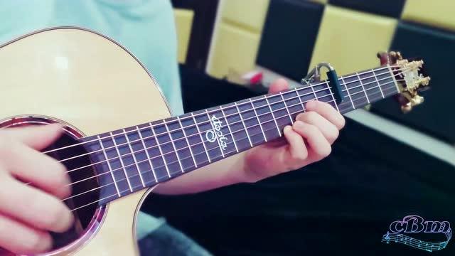 《七里香》旋律,是你的何种独家记忆?高级制谱师莫博策指弹