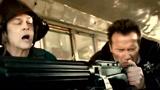 美国校车就是民用装甲车 别惹州长发怒!