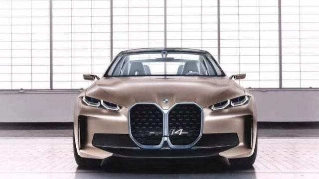 BMW 首款純電動四門轎跑Concept i4概念車線上首發