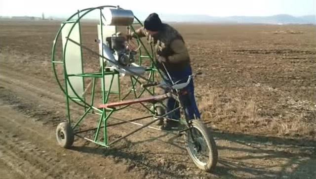 三轮车的风力小车有什么样的效果,感觉不如风筝