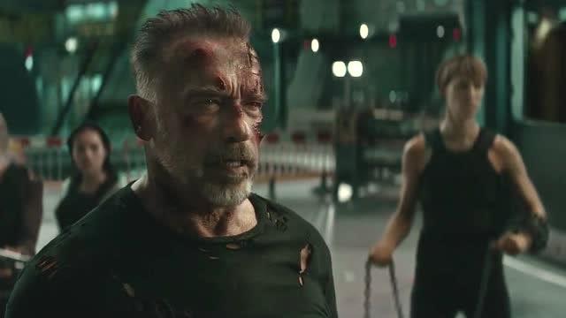 《终结者:黑暗命运》最后决战时刻,两命换一命,赢得太惨了