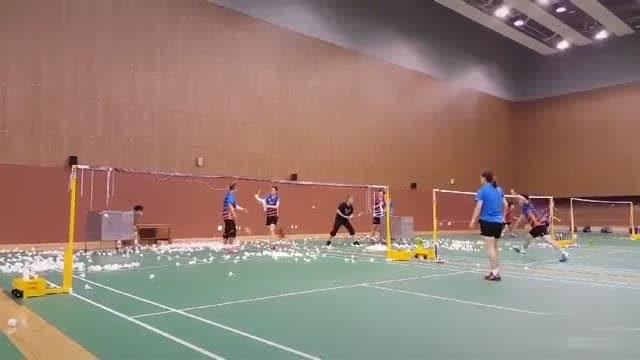羽毛球 韩国球员的日常训练 看到蔡美女了没?