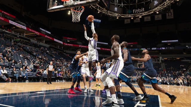 NBA第15周十佳球 錫安板後攬月福克斯神操作強行進加時