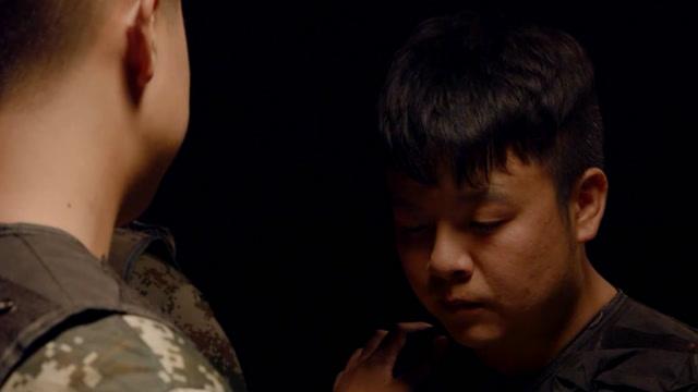 陈翔六点半:失去将军的士兵,被困在暗无天日的空间几十年!
