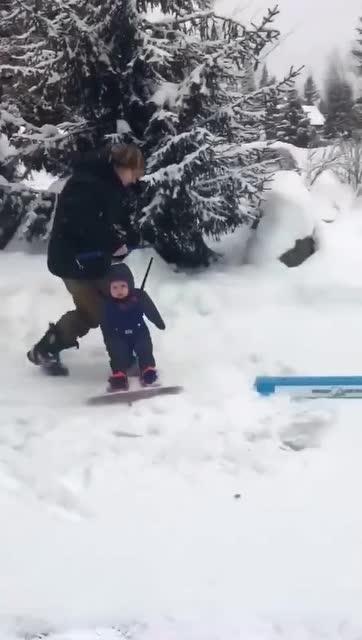 滑雪要从孩子抓起