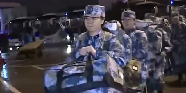 除夕夜,再出徵!抗擊疫情,軍隊在行動!