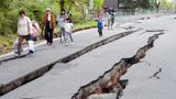 日本发生地震时,为什么马路会裂得很整齐?看完知道背后良苦用心