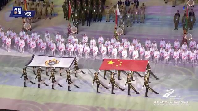 軍樂團又出新曲子啦!配着各國軍人步伐驚豔了世界!
