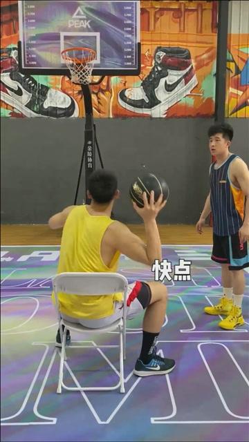 球场不止训练篮球!二锅头的专项训练还能这么用!