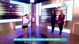 8岁女童表演钢管舞被批