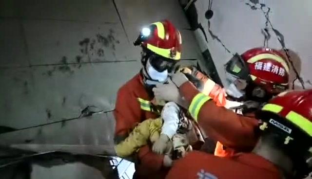 福建泉州鯉城區欣佳酒店一名嬰兒被救出