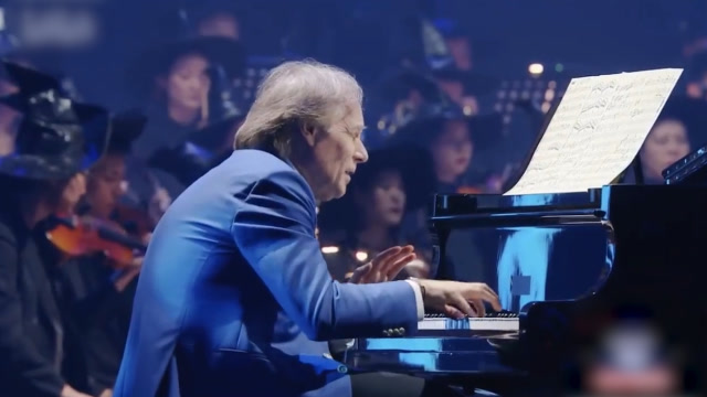 理查德·克萊德曼演奏哈利波特主題曲,鋼琴獨奏一響瞬間淚目!