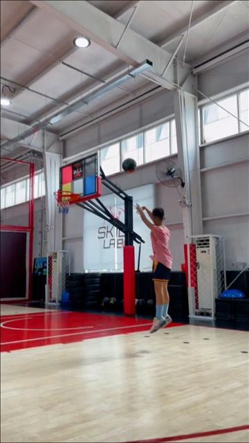 国内篮球想进步,最缺少的就是持之以恒的锻炼吧