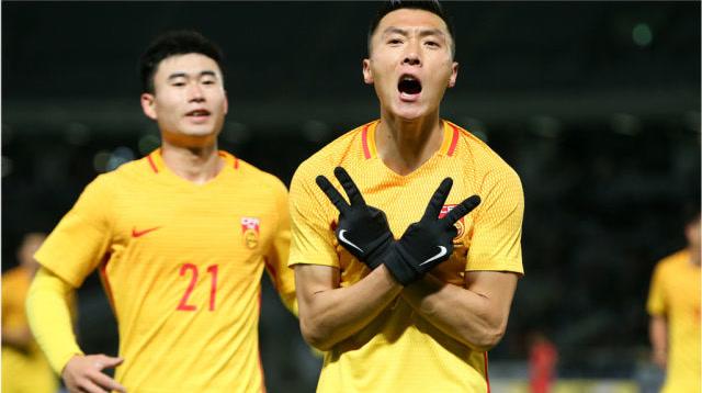 经典回想杀:国足2-2韩国,杨韦组合发威+于大宝奇特造2球