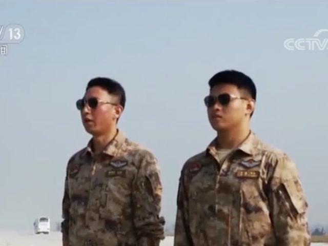 閱兵訓練場的故事·空中護旗梯隊 特殊位置的特級飛行員