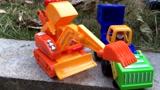 熊出没玩具光头强工程车挖机熊大清扫车