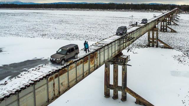 全世界最危险的木头桥
