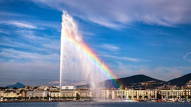 世界最大喷泉能喷上百米