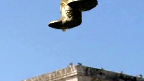不可思议!看实拍玛雅神庙上空悬浮的UFO的图片