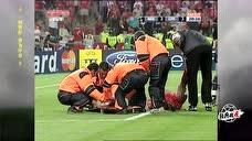 """足球经典战""""疫"""":04-05赛季欧冠决赛 AC米兰vs利物浦 加时赛 下半场录像"""