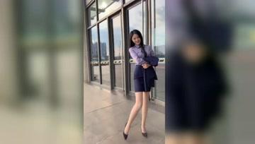 都市美女白领,别人家的高跟鞋,搭配上丝袜就是这么有女人味