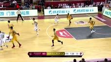 刘宇轩连线篮下吴冠希 篮下强起双手扣篮