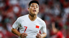 武磊3大梅西式骚进球,国足主帅罕见鼓掌