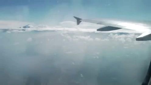 秘鲁惊现巨型UFO!乘客惊呼连连!的图片