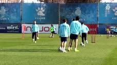 武磊出席西班牙人发布会:从未想过降级 我会留在球队