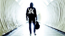 Alan Walker《Faded》
