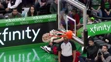 锡安替补席打盹领衔!盘点NBA赛场替补席那些令人捧腹大笑时刻