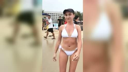 太漂亮了迷人的沙滩美女