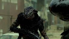 《第九区2》剧情反转,外星大虾统治人类,人类实施自杀式攻击