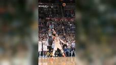 篮球精彩一瞬:库里超远三分绝杀雷霆 打服NBA一众超级巨星
