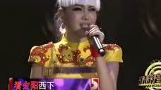 草原歌手乌兰图雅《阿尔山的姑娘》歌声美如画,人美如花!