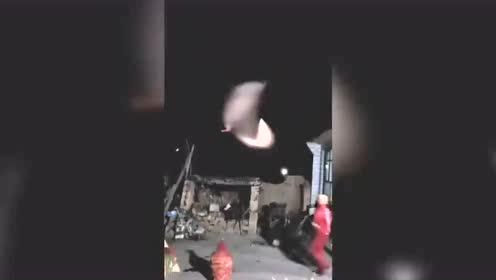 西部上空出现的UFO,为人造飞行器空中变轨 第15张