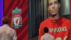 30秒|利物浦提前七轮夺英超首冠,球员接受采访疯狂庆祝头像