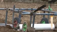 聚焦三農:地膜垃圾成為新煩惱,農民與企業相結合,保護生態環境