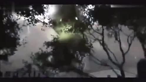让人震撼的UFO影像的图片