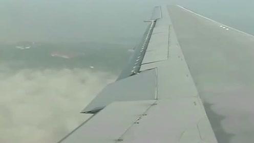 飞机上的乘客拍下UFO,很真实的图片
