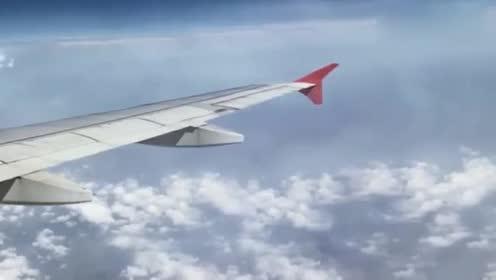 飞机上无意中看到这样的画面!吓坏乘客!那是UFO吗!的图片 第19张