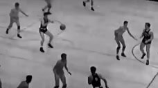 NBA名帅杰里-斯隆因帕金森症去世 享年78岁头像